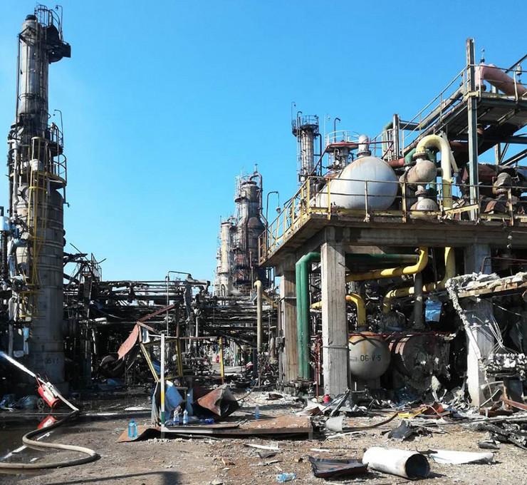 Brod-katastrofa-rafinerija-Izomaks