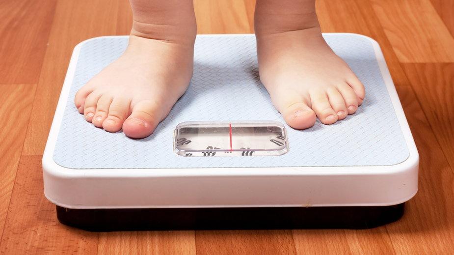 Osoby otyłe są bardziej narażone na ciężki przebieg COVID-19