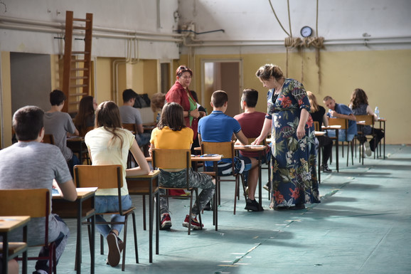 Maturanti spremni za polaganje testa