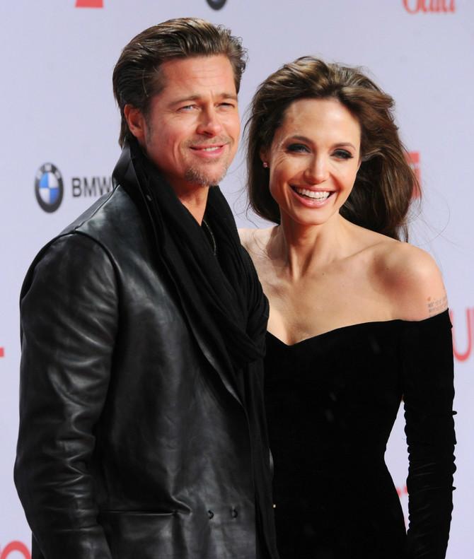 """Bred Pit i Anđelina Džoli upoznali su se 2005. godine, na snimanju filma """"Gospodin i gospođa Smit"""""""