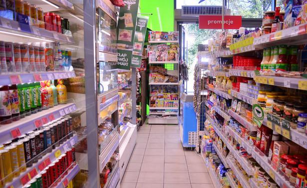 Dyskusja nad wysokością VAT od napojów owocowych, warzywnych i nektarów to odprysk konsultacji nad tzw. nową matrycą stawek podatku od towarów i usług.