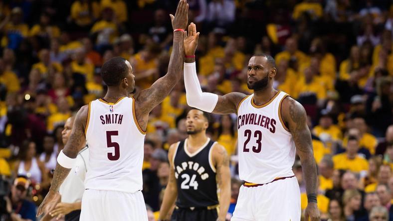 Uskrzydlony but pomoże mistrzom NBA? Goodyear trafi na koszulki Cavs
