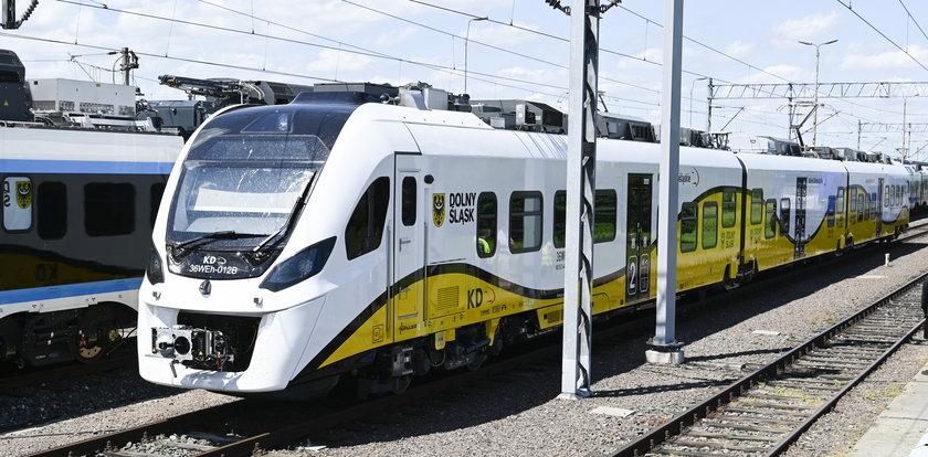 Nadjeżdża przyszłość! Koleje Dolnośląskie testują pociągi hybrydowe. Pierwszy wyjedzie na tory już w sierpniu