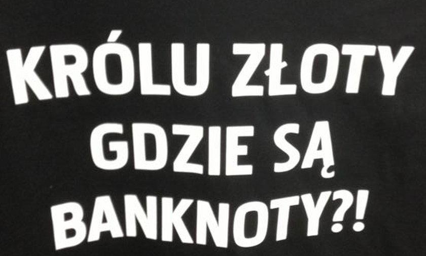 Koszulka Polonii Warszawa ze świńskim ryjem