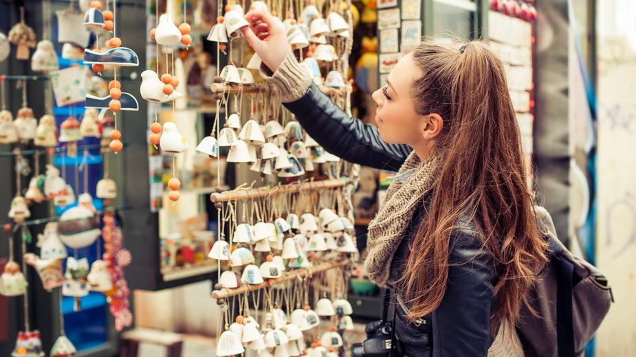 Czy kupowanie pamiątek, to zbędne wydawanie pieniędzy?