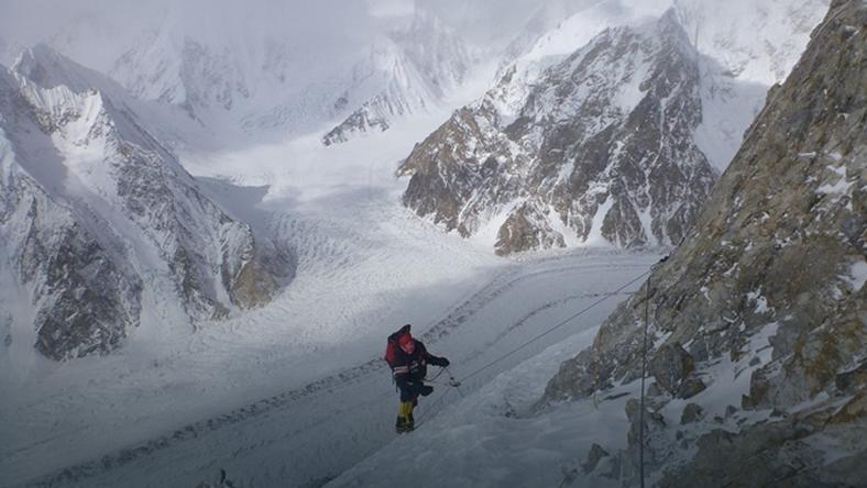 Broad Peak - wyprawa PZA 2013 - w drodze do CIII