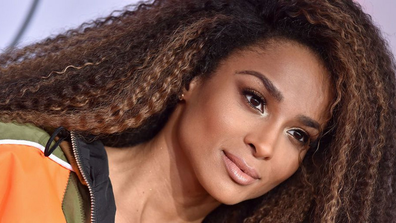 Ciara Posts No-Makeup Selfie To Instagram