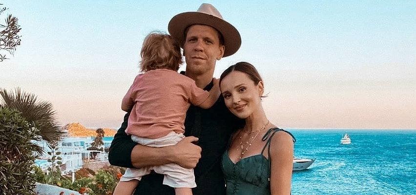 Marina Łuczenko i Wojciech Szczęsny zamieszkają w willi z windą. Do sieci trafiły zdjęcia pokoju ich syna. Liam urządził się na bogato!
