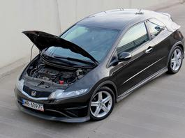 Które samochody do 30 tys. zł polecają mechanicy?
