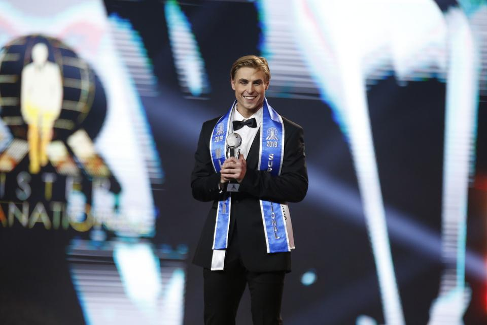 Mister Supranational 2019, Nate Crnkovich