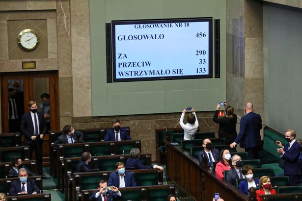 Fundusz Odbudowy. Wynik głosowania w Sejmie