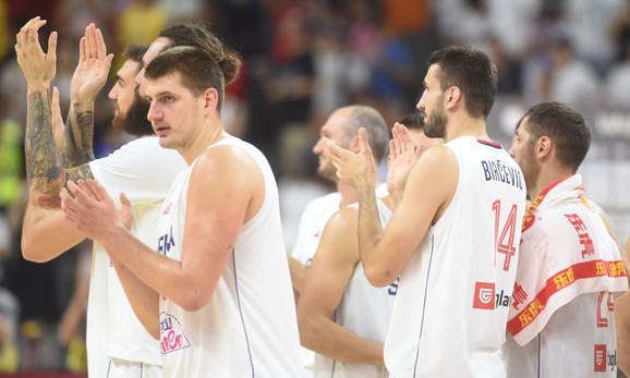 Košarkaška reprezentacija Srbije posle pobede nad Amerikancima na Mundobasketu u Kini