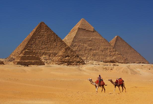 Piramidy w Gizie - zdjęcie ilustracyjne
