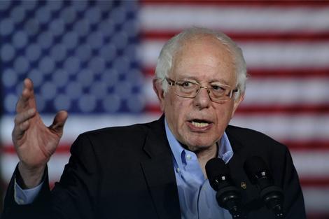 Hilari počela da stepi: Berni Sanders, ozbiljan rival koga podupire Ted Divajn