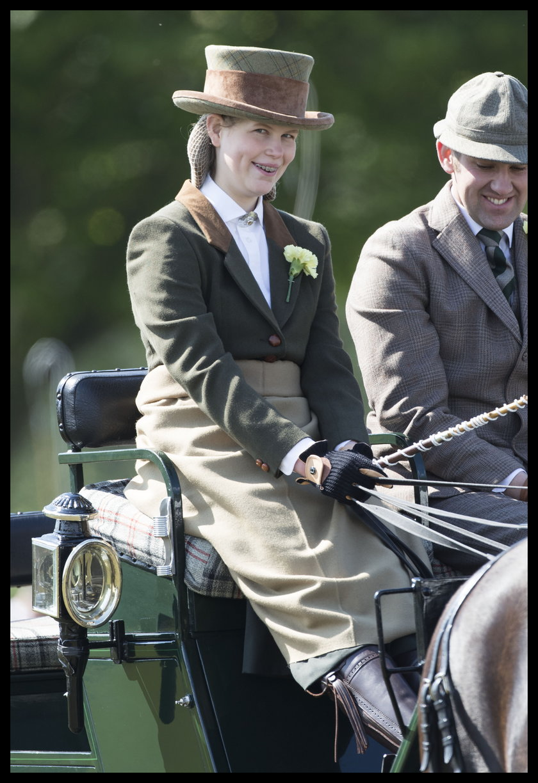 Lady Louise - ulubiona wnuczka Elżbiety II i księcia Filipa