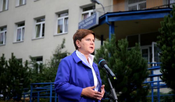 Beata Szydło przypomniała, że prezydent Duda wypełnił w ten sposób zobowiązanie, złożone w kampanii wyborczej