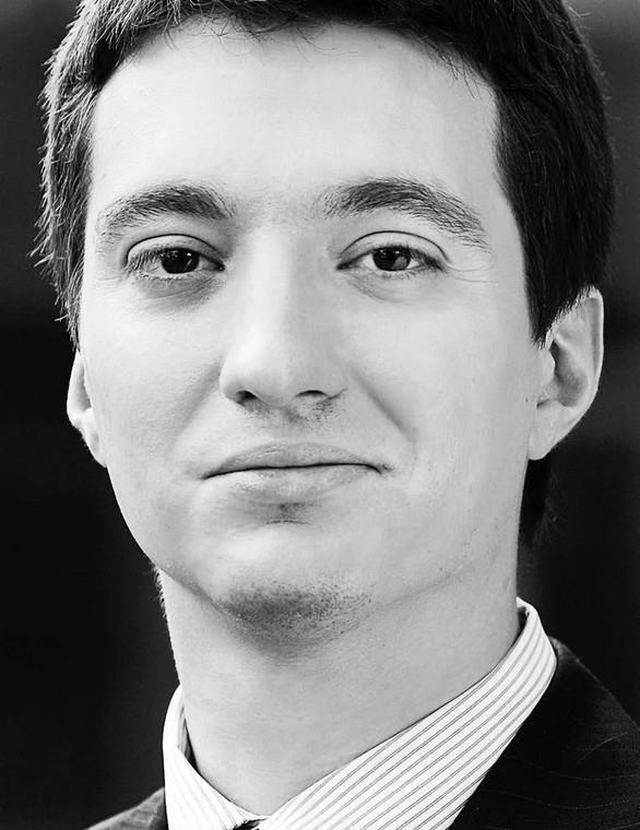 Dr hab. Aleksander Maziarz ekspert w dziedzinie prawa administracyjnego z Akademii Leona Koźmińskiego