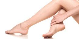 Skąd się biorą bóle stóp? Przyczyny mogą być poważne