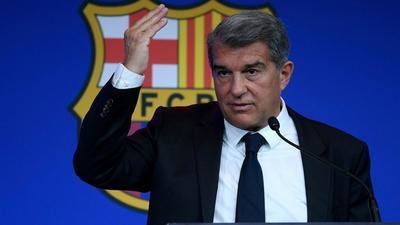 Barça: Laporta maintient Koeman sous pression