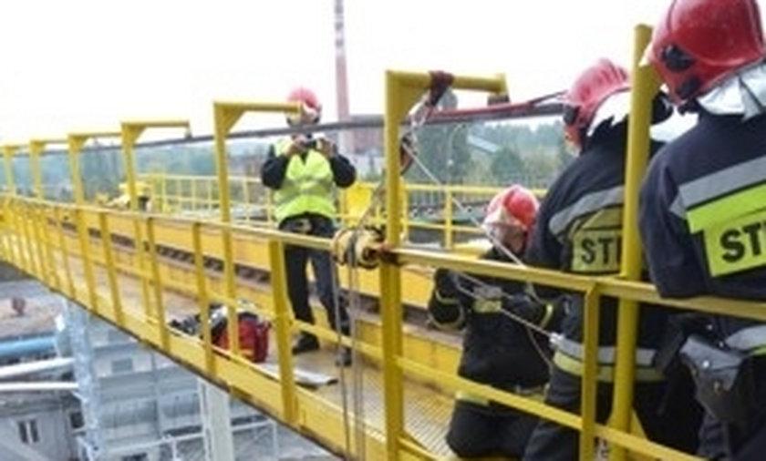 Strażacy ćwiczyli na wysokości