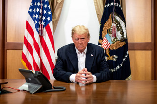 Trump zrywa negocjacje w sprawie tarczy pomocowej dla gospodarki