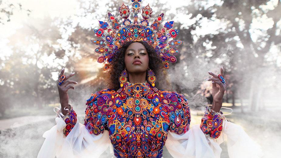 Królowa Zachodzącego Słońca. Projekt Sutasz II edycja