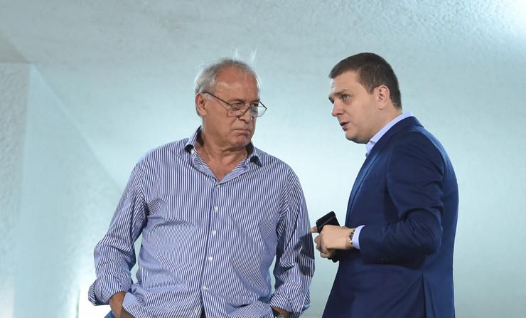 Miloš Vazura, Milorad Vučelić