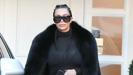 63-letnia celebrytka poszła w ślady Kim Kardashian. Również zrobiła nagie selfie