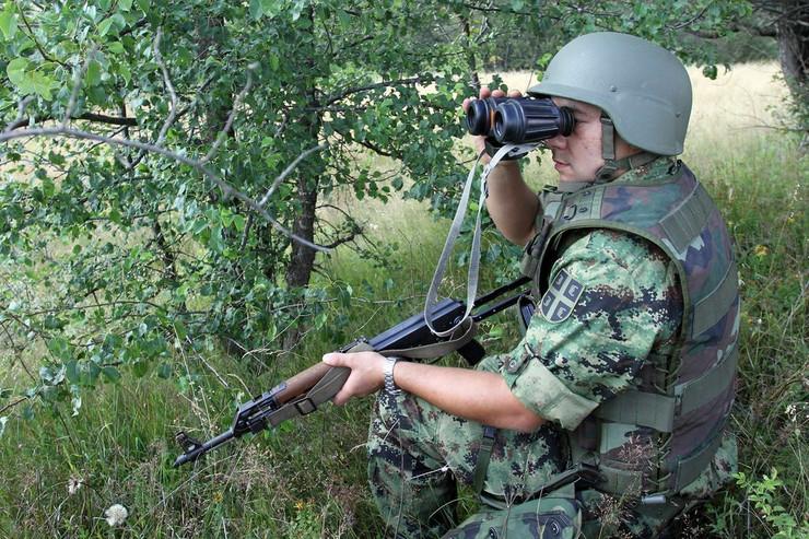 Patrola VS na granici sa Bugarskom