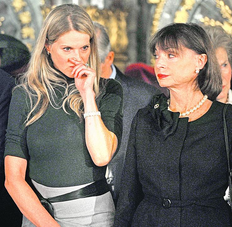 Katarina Oksenberg i Jelisaveta Karađorđević