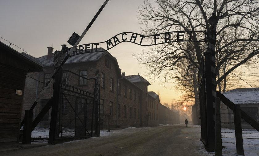 Chcą zarobić na tragedii w Auschwitz