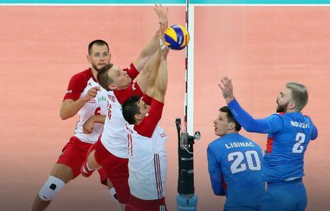 Lisinac i Kovačević na meču sa Poljskom