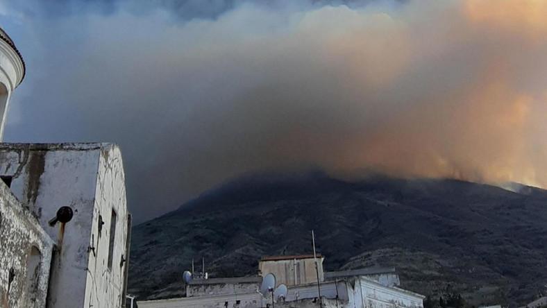 To były jedne z najsilniejszych wybuchów, jakie kiedykolwiek w historii tam zarejestrowano - wyjaśnili wulkanolodzy.
