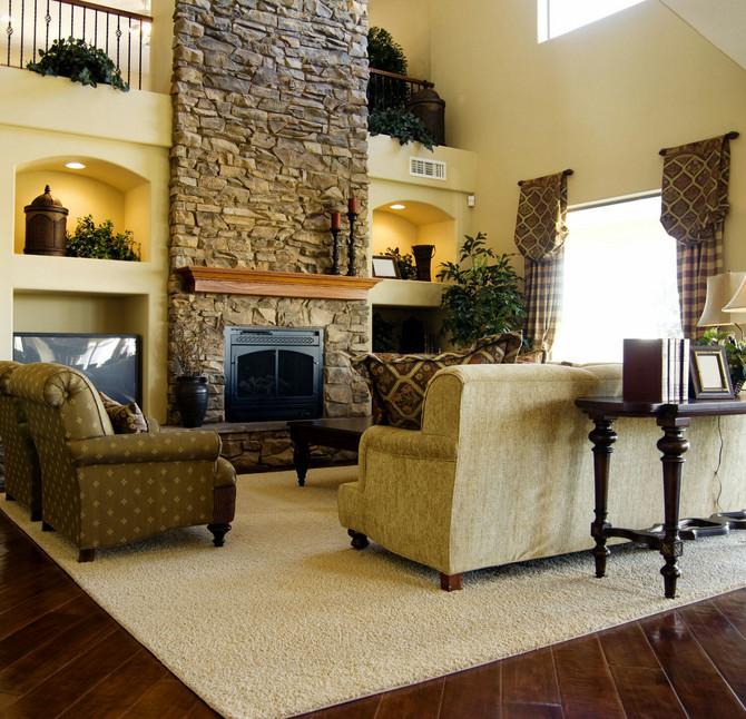 11578_stock-photo-hard-wood-flooring-in-living-room-area-shutterstock_36311665