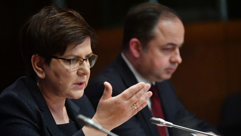 Beata Szydło i Konrad Szymański