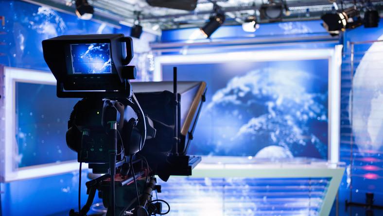 Polityka nie jest jedyną przyczyną, dla której państwo nie powinno być właścicielem mediów. Politycy są uzależnieni od mediów jak narkomani od narkotyków — pisze Jakub Bierzyński*.