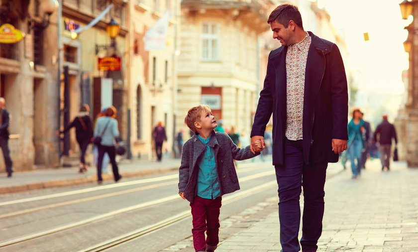 dziecko, spacer, ojciec, ilustracja