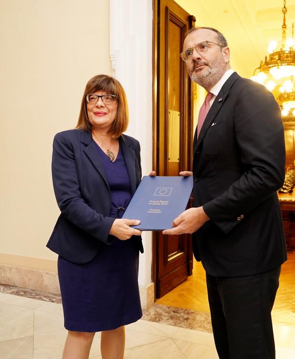 Izveštaj o napretku Srbije uručen je i predsednici Skupštine