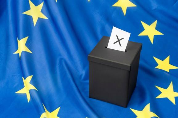"""""""DAN D"""" ZA EU Poslednji dan izbora za EP, u većini država glasanje, prvi rezultati se očekuju do PONOĆI"""