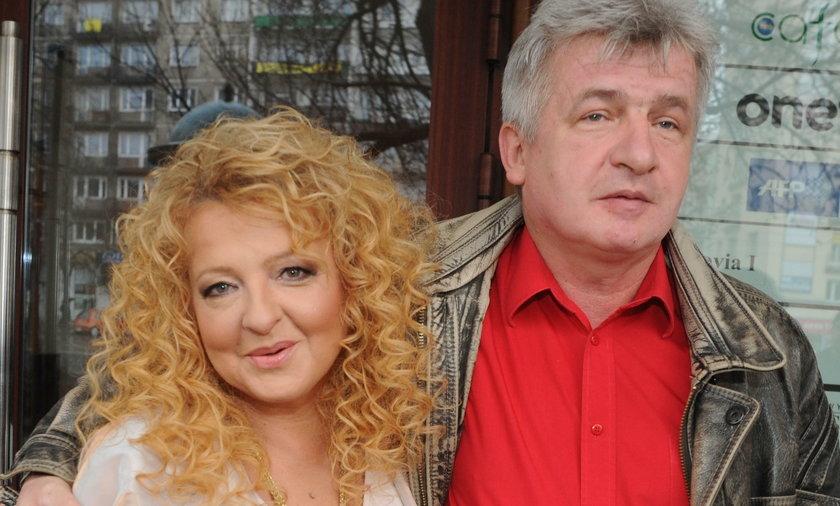 Piotr Ikonowicz żyje w trudnych warunkach