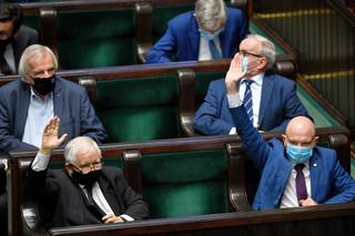 Rząd z ustawą czeka na Brukselę