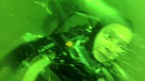 Dramatyczne wideo - kobieta dostała ataku paniki podczas nurkowania
