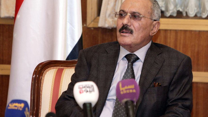 Odchodzący prezydent Jemenu, Salah, leci na leczenie do USA