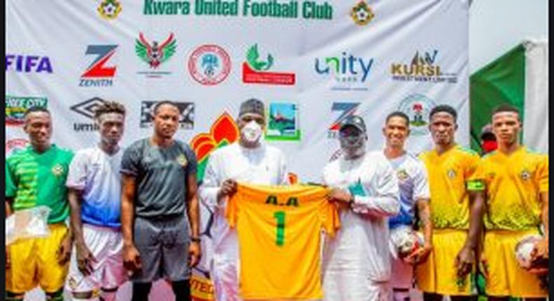Gov. AbdulRahman AbdulRazaq of Kwara on Thursday unveiled new jerseys for the Kwara United Football Club. (NAN)