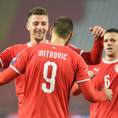 PUCA KASA U PREMIJER LIGI! Engleski velikani u RATU za Srbina, u celoj priči i MUTAN tip koji je nedavno hapšen!