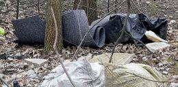 Śmieci zalewają Kapelankę!