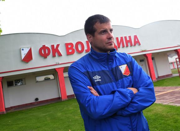 Trener Nenad Lalatović u trening centru FK Vojvodina