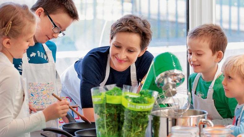 Zabawa W Gotowanie Szkoła Dla Gotowania Dla Dzieci Forbes