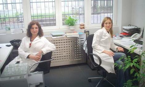 Genetičarke Anja i Bojana svakodnevno analiziraju hromozome za različite potrebe