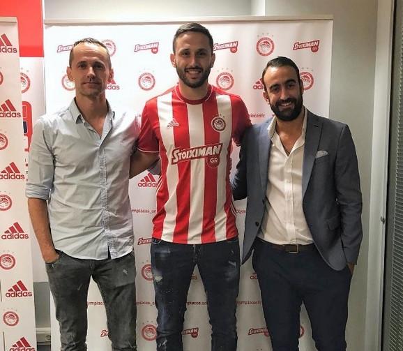 Jagoš Vuković posle nedavnog potpisivanja ugovora za Olimpijakos